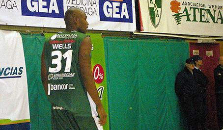 Jayson Wells se va