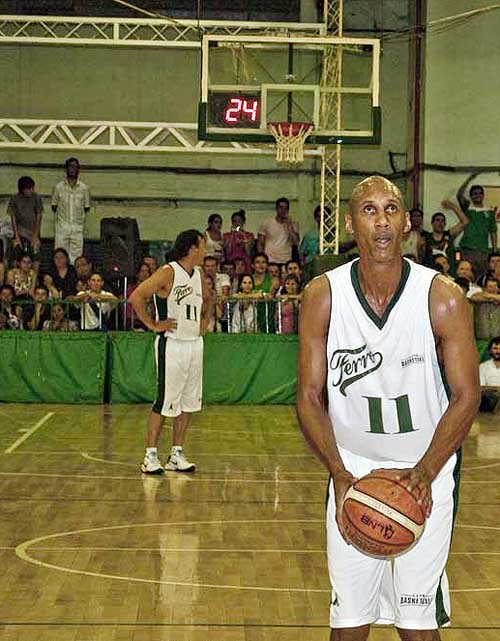 Atenas-Ferro - Donald Jones